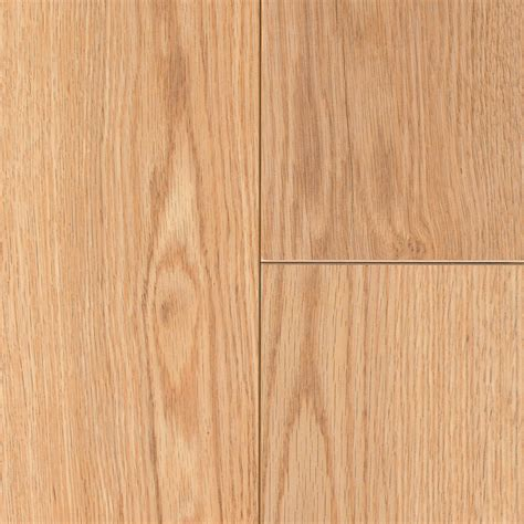 laminate wood floors share this floor