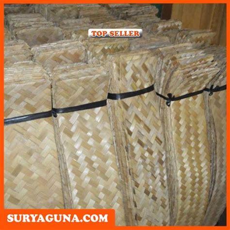 Jual Keranjang Buah Plastik Di Bandung pengrajin besek bambu di bandung suryaguna