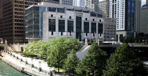 Chicago Mba by Downtown Cus Gleacher Center The Of
