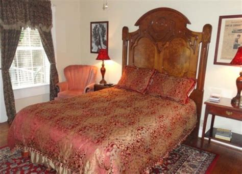 bed and breakfast tyler tx rosevine inn bed breakfast and extended stay lodging