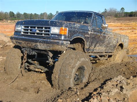 mudding trucks ford trucks mudding www imgkid com the image kid has it