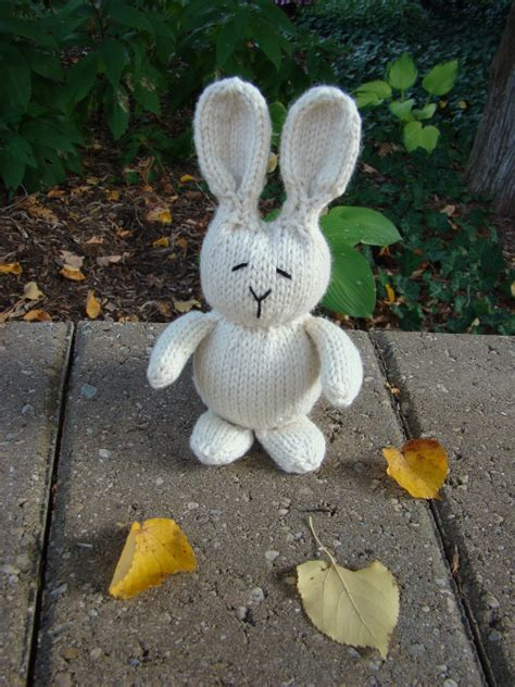 free knitting patterns for bunny rabbits free bunny rabbit knitting pattern knitting bee