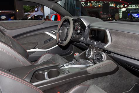 Chevy Camaro Interior by 2017 Chevy Camaro Zl1 Convertible Revealed Gm Authority
