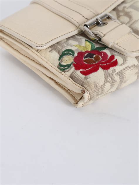 Floral Embroidered Wallet floral canvas embroidered leather bag belt