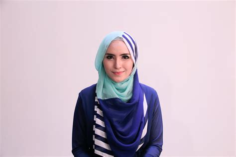 tutorial hijab pesta zahratul jannah hijab tutorial 63 quot chiffon stripes shawl quot by zahratul