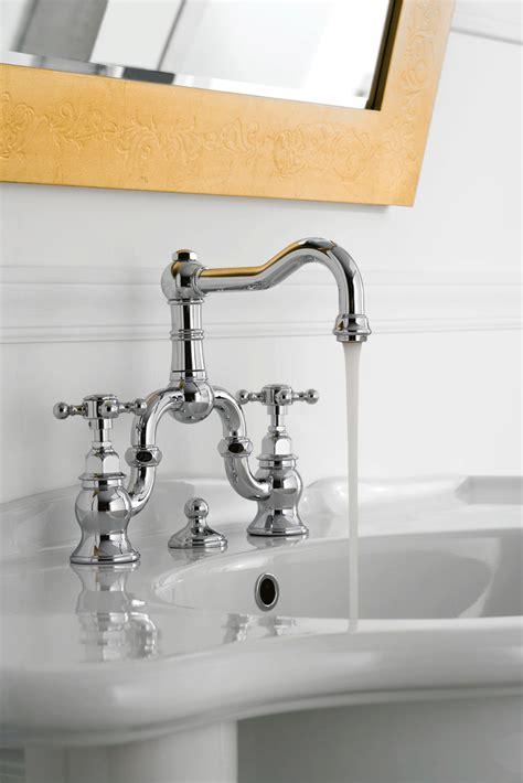 rubinetti per lavello rubinetti il fascino di uno stile classico cose di casa