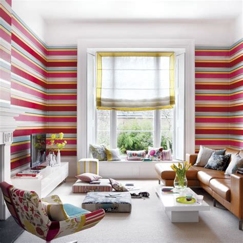 Striped Wallpaper Living Room Ideas by Modern Stripe Living Room Living Room Wallpaper Idea Housetohome Co Uk