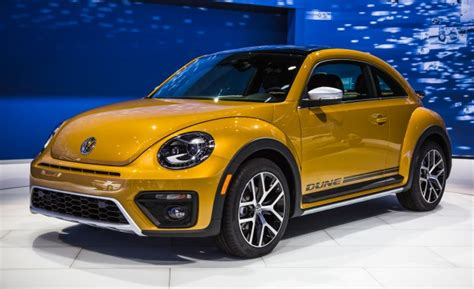 2016 vw beetle dune revealed a little baja for the bug