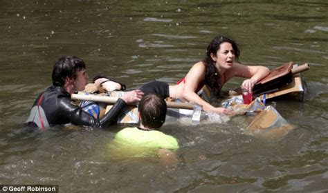 sinking boat race suicide sunday boat races cambridge university students