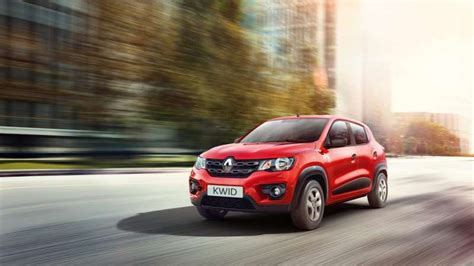 renault kwid red colour renault kwid expert review advantage disadvantage