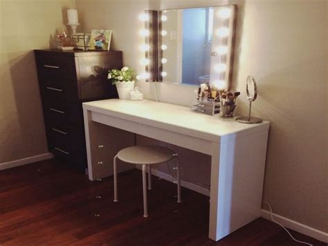Makeup Vanity Table Australia Makeup Vanity Table With Lighted Mirror Australia In Sunshiny Bathroom Design 936x1081 In