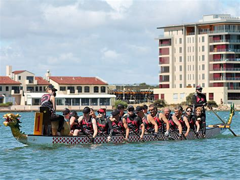 dragon boat racing clubs adelaide the black dragon s dragon boat racing adelaide