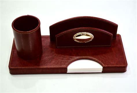 set scrivania pelle set da scrivania ufficio pelle ed argento no reserve