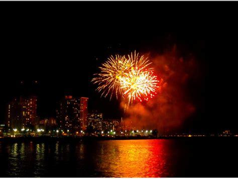 new year activities honolulu navatek new year s fireworks cruise from honolulu