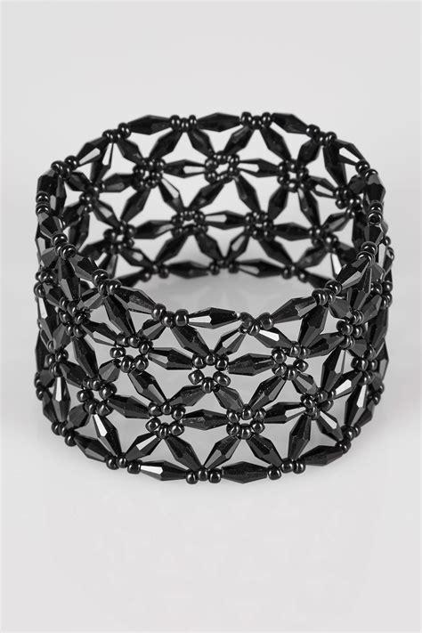 Find S Names By Address Uk Black Floral Bead Stretch Bracelet