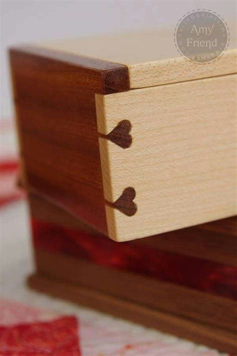 lovetails   show  joinery lovers