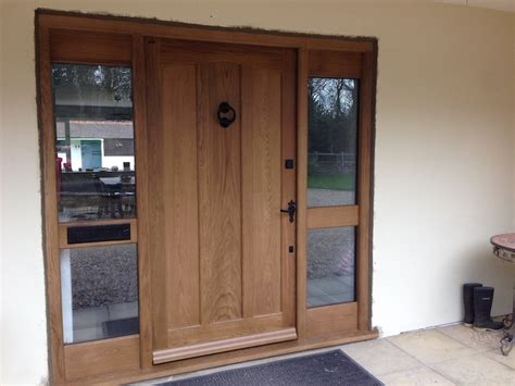 Solid Oak Exterior Doors Traditional Solid Oak Front Door Woodcraft Construction Woodcraft Construction Oak Framed