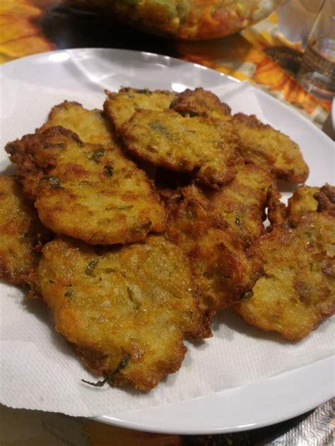 frittelle con fiori di zucca ricetta ricetta frittelle di fiori di zucca cuor di cucina