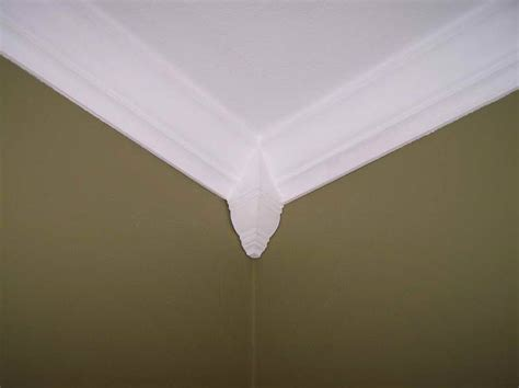 Crown Molding Corners Walls How To Install Crown Molding Corners How To Cut