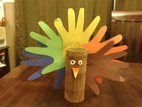 Thanksgiving Toilet Paper Roll Crafts - and 10 fall crafts