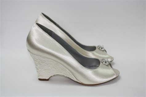 Wedding Shoes Wedge Lace Wedge Shoes Outdoor by Parisxox