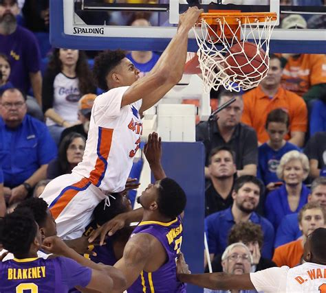 Florida Gators Basketball Returns Home Gators Devin Robinson Will Enter Nba Draft With Option To