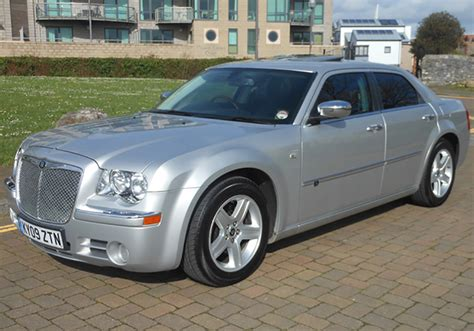 chrysler bentley baby bentley chrysler 300c affordable executive car hire