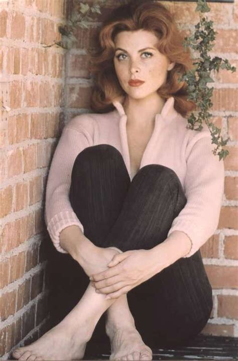 what hair color does tina faye advertise he 40 best tina louise images on pinterest tina louise