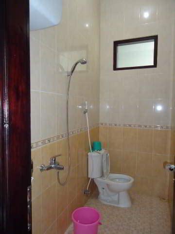 model harga shower kamar mandi minimalis modern terbaru