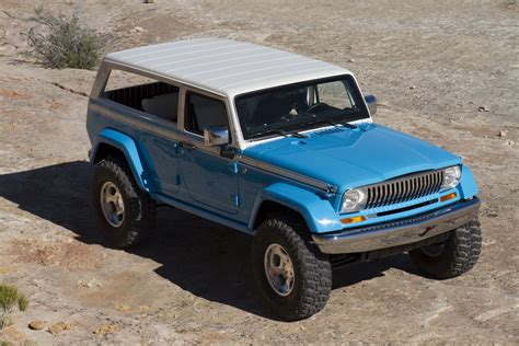 jeep chief truck jeep releases new photos and videos of its 2015 easter