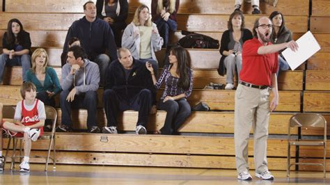 1x20 benched modern family image 15098805 fanpop