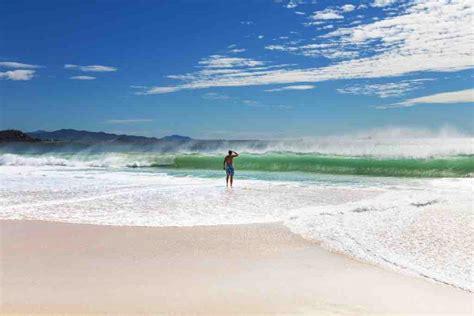 worlds   surf breaks easy planet travel