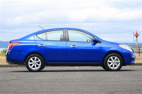 2012 nissan versa review 2012 nissan versa photo gallery of drive review