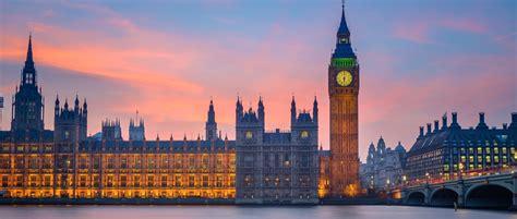 Big Ben Glockenturm Ist Das Bekannte Wahrzeichen In