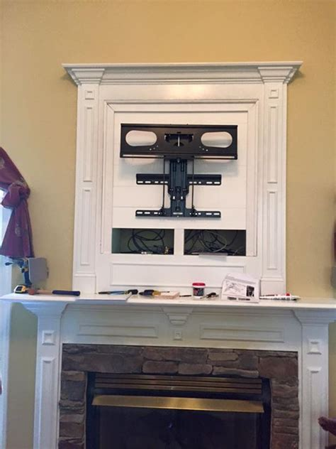 mounting flat screen tv above fireplace best 25 tv mounting ideas on tv wall mount