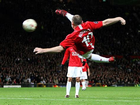 manchester united wayne rooney goal wayne rooney s epic bicycle goal even though it went
