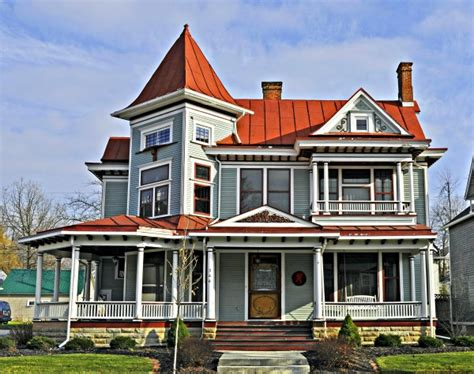 things to do when buying a house 2 very important things to do before buying a house re max showcase northern illinois