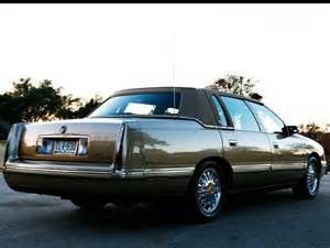 1997 Cadillac Fleetwood 301 Moved Permanently