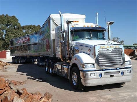Mack Superliner With Sleeper For Sale by New Mack Liner 6x4 Low Rise Sleeper Trucks For Sale