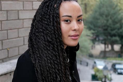 ambre hair styles on the street paris ambre and her senegalese twists un