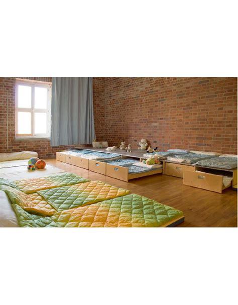 pedana letto pedana riposo con letto a scomparsa 4 posti cm