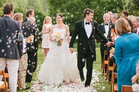 Wedding Ceremony Recessional by 6 Creative Ceremony Recessional Ideas Project Wedding