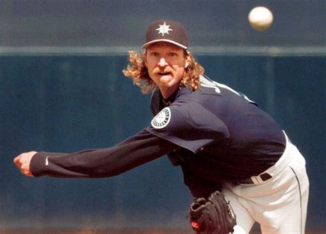 haircuts by abel houston the worst haircuts in sports history 25 pics