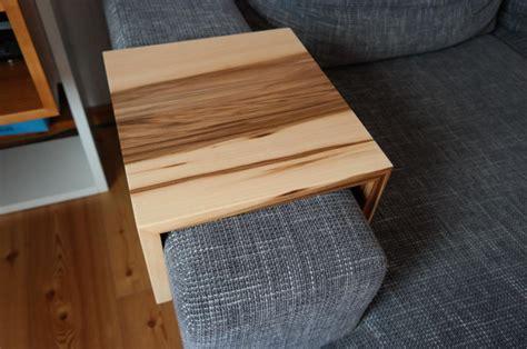 sofa ablage ablage tablett f 252 r sofa satinnuss amberbaum