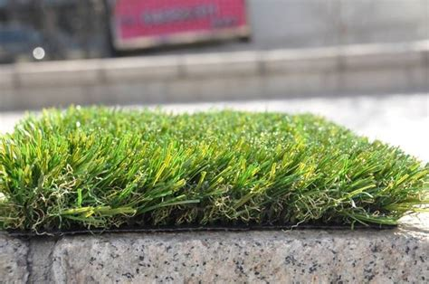 tappeto erboso sintetico a rotoli prezzi tappeto erboso rotoli prato