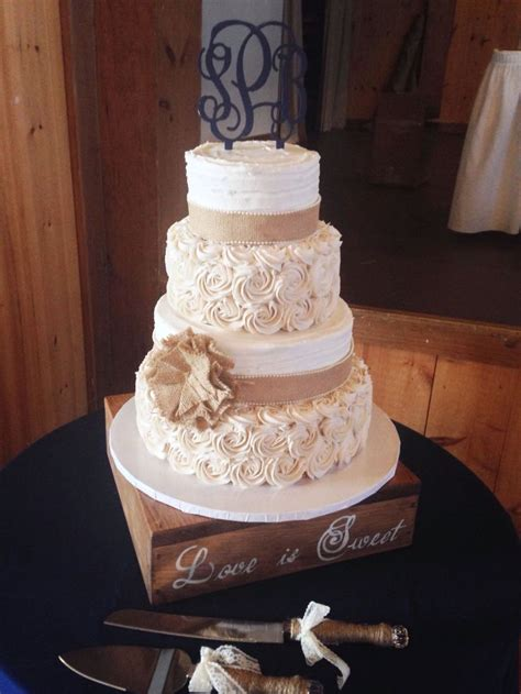 Where To Get Wedding Cakes by 25 Best Ideas About Burlap Wedding Cakes On
