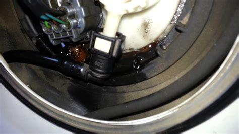 volvo leaking volvo v70 leaking fuel