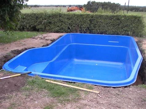 Small Inground Pool Designs | pool backyard designs small fiberglass swimming pools