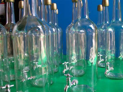 bottiglie di vetro con rubinetto bottiglia con rubinetto enotecnica albese enologia