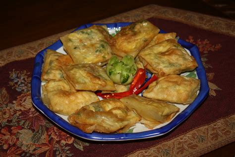 rita  catering menu nasi tumpeng  nasi box juni